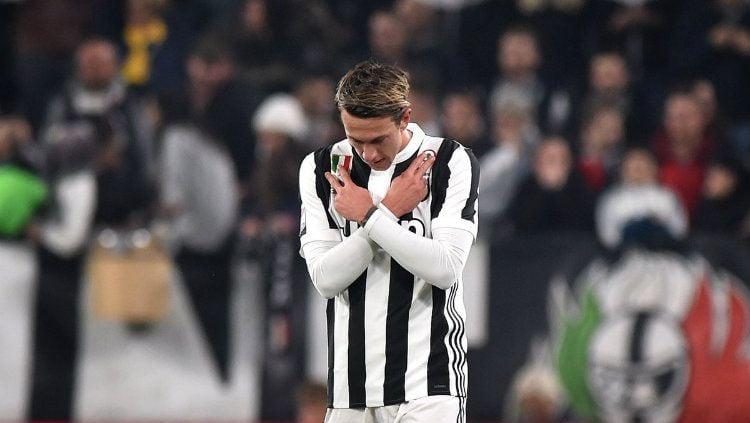 Klub sepak bola Serie A Liga Italia, Juventus, kabarnya akan melakukan langkah ini untuk bisa memboyong satu dari dua pemain yang bakal didepak AS Roma. Copyright: © Getty Images