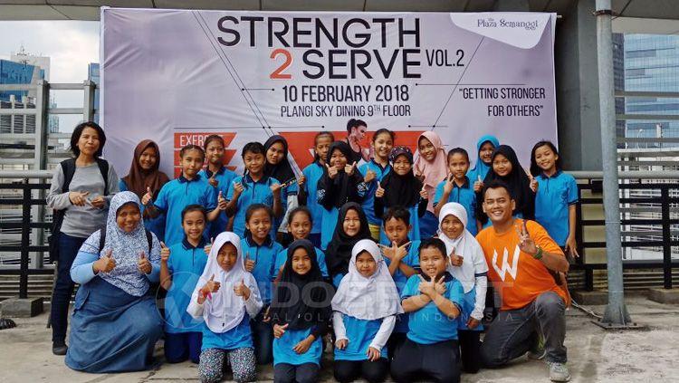 Workout Embassy komunitas olahraga tanpa alat. Copyright: © Alfia Nurul Fadilla/INDOSPORT