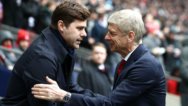 Mauricio Pochettino dan Arsene Wenger. Copyright: © INDOSPORT