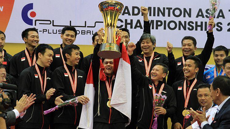 Aksi selebrasi tim putra Indonesia juara Asian Team Championships 2018. Copyright: © HUMAS PBSI