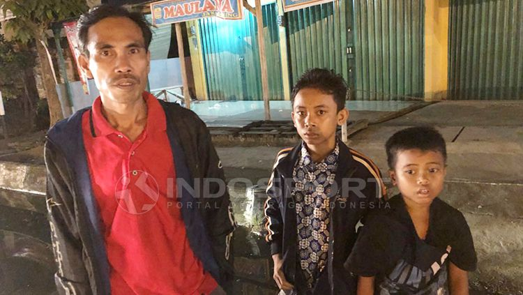 Kitum Risda Kasinda, salah satu fans Sriwijaya FC yang kehilangan motor. Copyright: © MUhammad Effendi/INDOSPORT