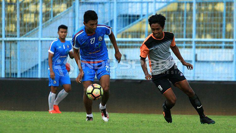 Uji coba Arema FC vs Persekam Metro FC Copyright: © INDOSPORT/Ian Setiawan
