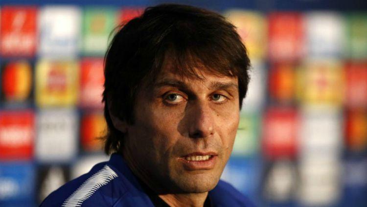 Conte, saat masih menjadi manajer Chelsea. Copyright: © marca.com