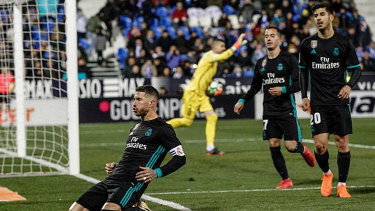 Aksi selebrasi Sergio Ramos usai cetak gol. Copyright: © Getty Images