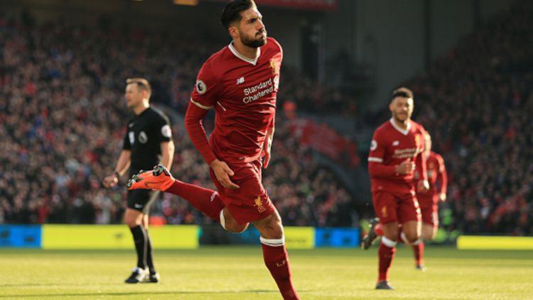 Emre Can berselebrasi merayakan gol yang dicetaknya ke gawang West Ham United. Copyright: © INDOSPORT