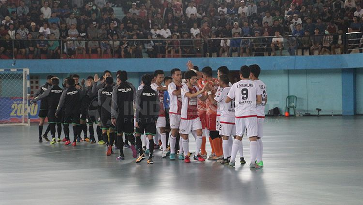 Blacksteel vs Bintang Timur Surabaya. Copyright: © INDOSPORT