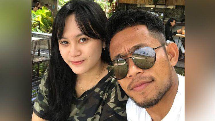 Kebersamaan Andik Vermansah dan Silvia Anggun di salah satu tempat makan. Copyright: © Instagram@AndikVermansah