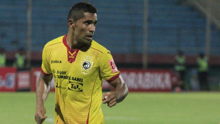 Beto Goncalves, penyerang Sriwijaya FC. Copyright: © Internet
