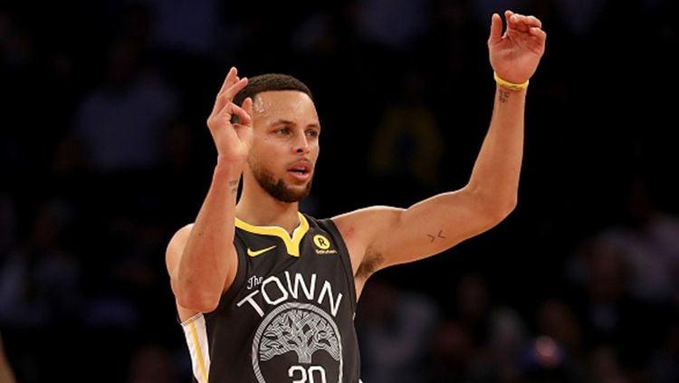 Pemain megabintang Golden State Warriors, Stephen Curry. Copyright: © INDOSPORT