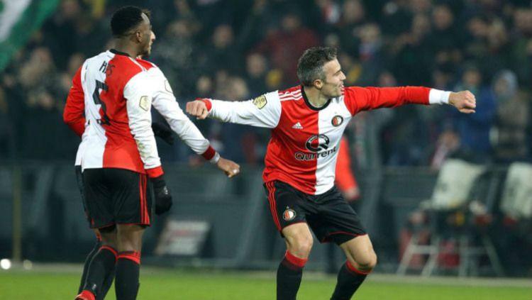 Selebrasi Robin van Persie setelah mencetak gol untuk Feyenoord Copyright: © Getty Images
