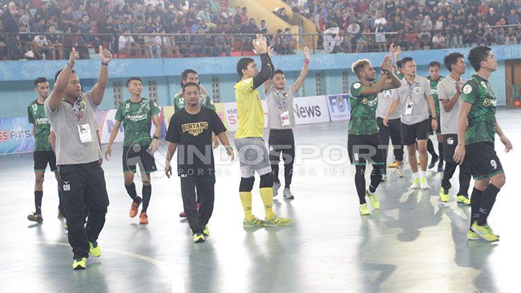 Pertandingan Bintang Timur Surabaya. Copyright: © Fitra Herdian/indosport.com