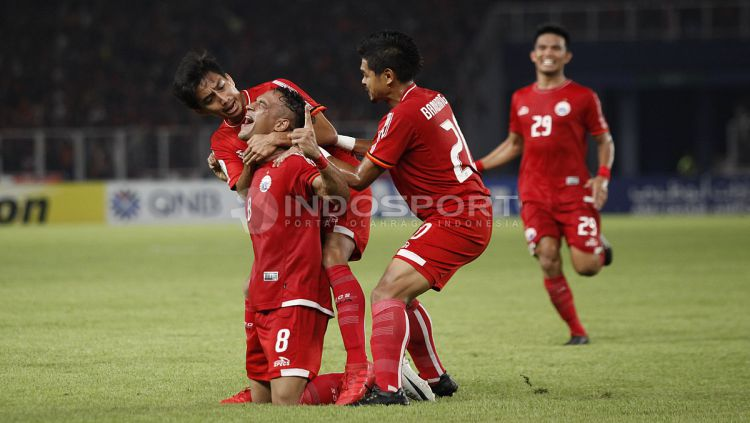 Selebrasi para pemain Persija Jakarta atas gol yang diciptakan Addison Alves. Copyright: © Herry Ibrahim/INDOSPORT