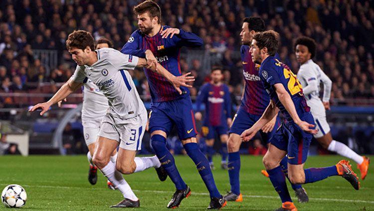 Lewat unggahannya di YouTube, Barcelona membuat Chelsea patah hati berulang kali dengan video gol Andres Iniesta berdurasi 10 jam Copyright: © Getty Images