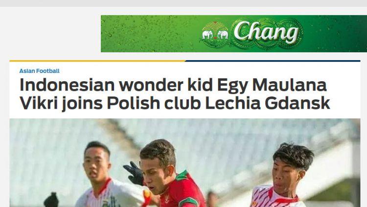 Egy Maulana Vikri diperkenalkan oleh klub barunya Lechia Gdańsk dan langsung mendapatkan nomer punggung 10. Copyright: © Twitter@Lechia Gdańsk