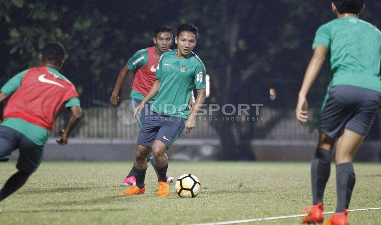 Latihan Timnas U-19. Copyright: © Herry Ibrahim/INDOSPORT