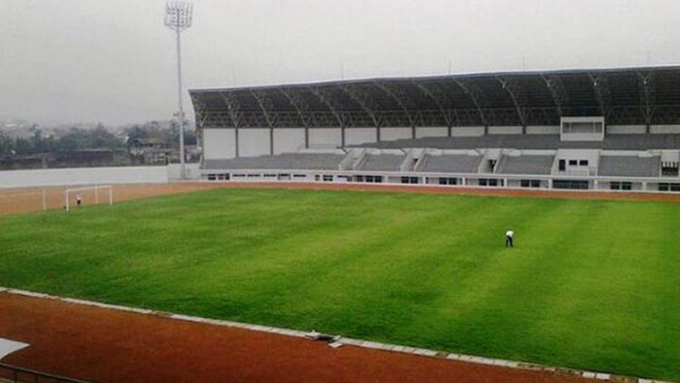 Salah satu tempat latihan Persib, Stadion Arcamanik. Copyright: © Twitter/@Gilang_Mahesa