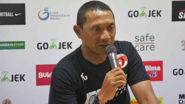 I Putu Gede, pelatih Perseru Serui. Copyright: © INDOSPORT/Fitra Herdian