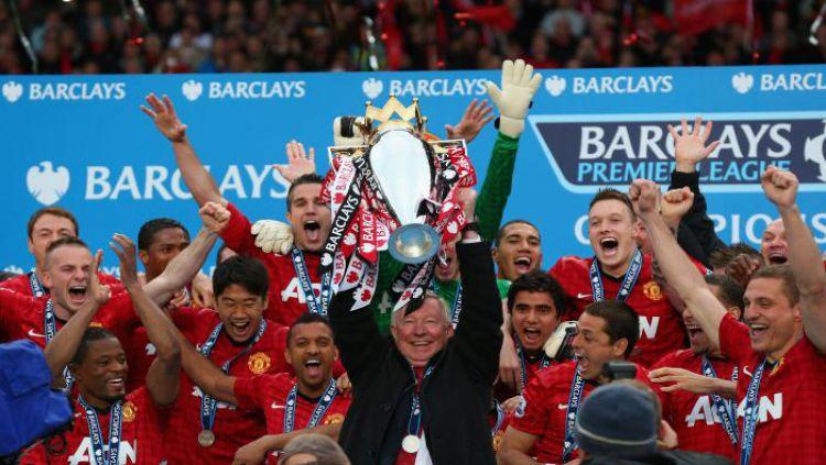 Sir Alex Ferguson bersama Manchester United ketika menjuarai Liga Champions musim 2007-2008 Copyright: © talksport,com