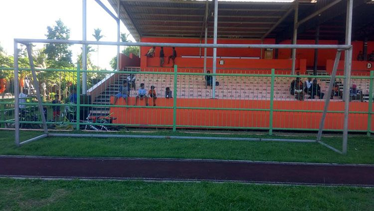 Salah satu sudut Stadion Marora.  Copyright: © Media PSM