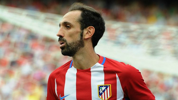 Juanfran pindah dari Atletico Madrid ke klub sepak bola Liga Brasil, Sao Paulo. Copyright: © goal.com