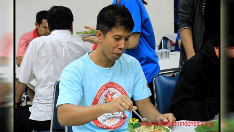 Eks pebulu tangkis andal Indonesia Budi Santoso yang pernah juara Hong Kong Open 1998. Copyright: © badmintonindonesia.org