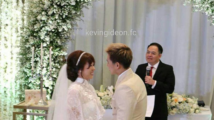 Acara pernikahan Marcus Gideon dan Agnes Amelinda Mulyadi. Copyright: © Instagram @kevingideon.fc