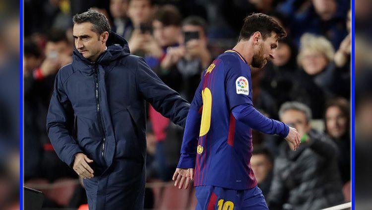 Lionel Messi mengenakan jersey bertuliskan nama ibunya. Copyright: © Barcelona