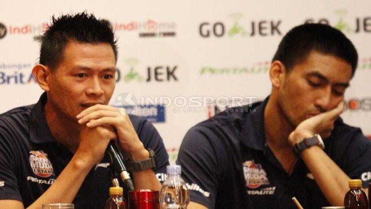 Youbel Sondakh dan Ronaldo Sitepu (Satria Muda) Copyright: © Herry Ibrahim/INDOSPORT