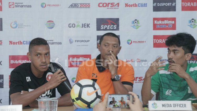 Konferensi pers PSMS vs Perseru. Copyright: © Kesuma Ramadhan/INDOSPORT