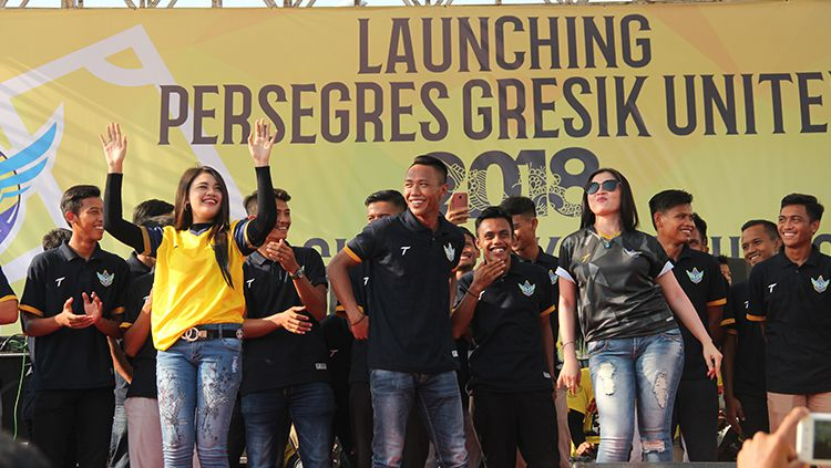 Potret launching jersey Gresik United. Copyright: © INDOSPORT
