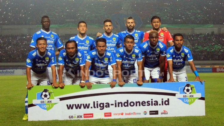 Pelatih Persib Bandung, Roberto carlos Mario gomez. Copyright: © Arif Rahman/INDOSPORT.COM
