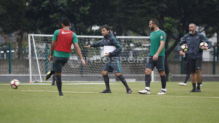 Latihan Timnas U-23. Copyright: © Herry Ibrahim/INDOSPORT.COM
