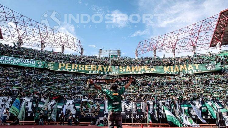 Stadion Gelora Bung Tomo. Copyright: © Fitra Herdian/INDOSPORT