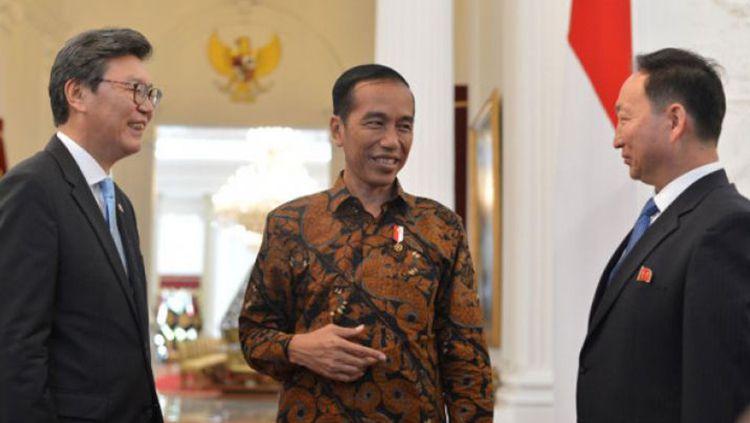 Presiden Jokowi bertemu Dubes Korsel dan Korut. Copyright: © Antara