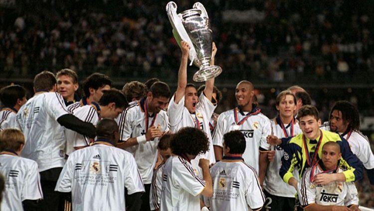 Real Madrid saat juara UCL 1999/00 Copyright: © Daily Mail