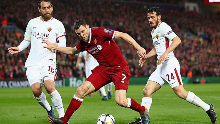 Skuat Liverpool merayakan gol Mohamed Salah ke gawang Watford. Copyright: © INDOSPORT