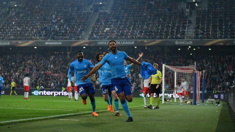 Rolando merayakan golnya ke gawang RB Salzburg. Copyright: © INDOSPORT