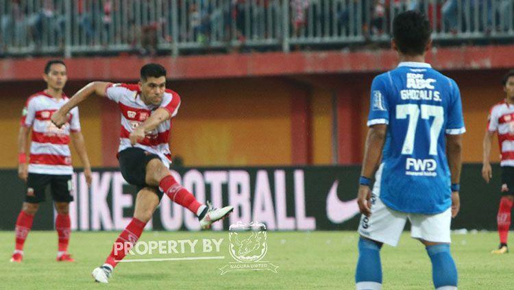 Bek Madura United Fabiano Beltrame. Copyright: © Twitter/MaduraUnitedFC