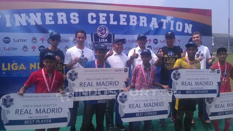 Yang berangkat ke Real Madrid, Diego Muhammad Iqbal (Soccer One) Thoriq Tifana (ASAD) Unggul Prakasa (Bina Taruna) Ari Kurnia Restu   (Persira Rajeg) Usman Fatahillah (Big Star Babek). Copyright: © Tiyo Bayu Nugroho/INDOSPORT