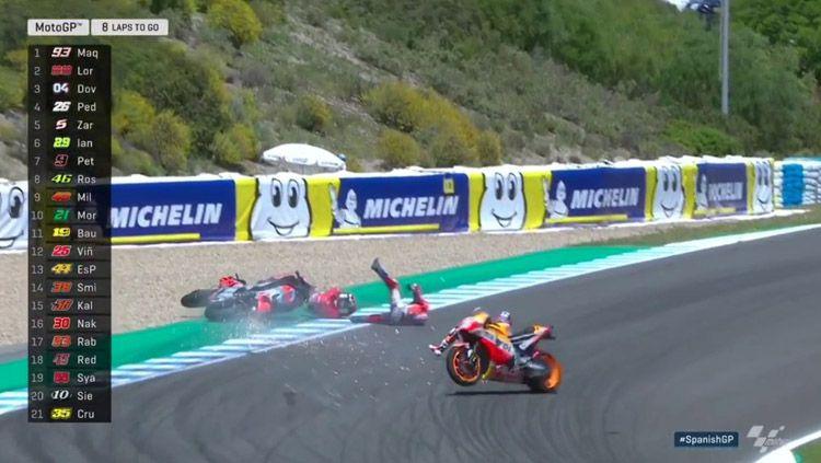 Dani Pedrosa, Andrea Dovizioso dan Jorge Lorenzo mengalami kecelakaan. Copyright: © MotoGP