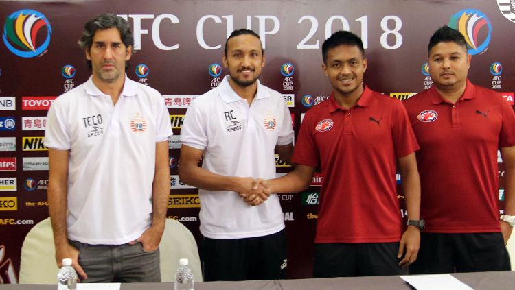 Home United vs Persija Jakarta dalam jumpa pers. Copyright: © Media Persija