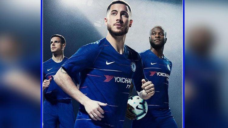 Chelsea rilis jersey anyar untuk musim 2017/18. Copyright: © Instagram Chelsea.