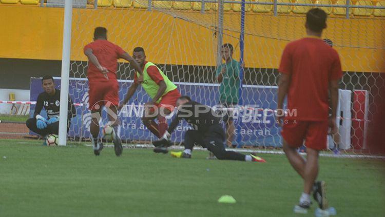 Sriwijaya FC jalani latihan. Copyright: © Muhammad Effendi/INDOSPORT