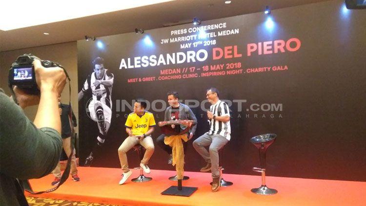 Konfrensi pers kedatangan Del Piero di Medan. Copyright: © Kesuma Ramadhan/Indosport.com