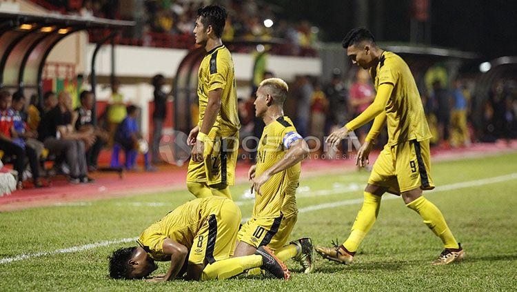 Bhayangkara FC vs Mitra Kukar Copyright: © INDOSPORT/Herry Ibrahim