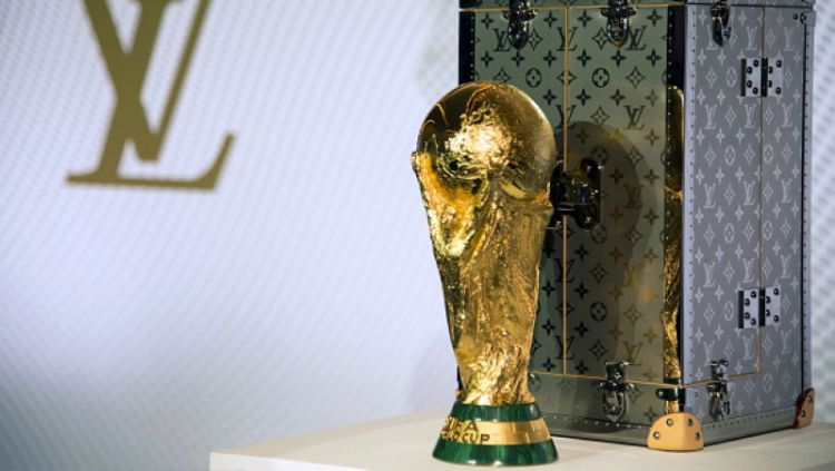 Trofi Piala Dunia. Copyright: © Getty Image
