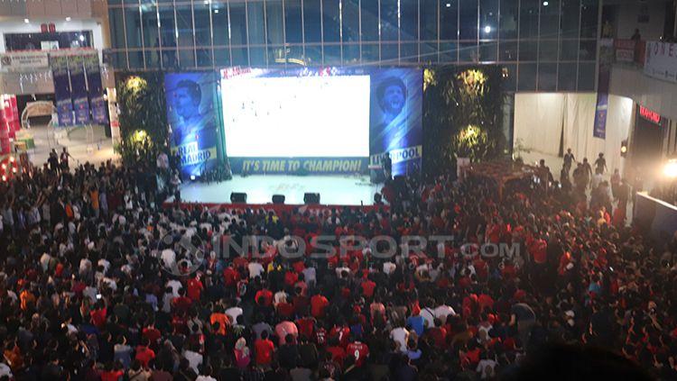Ribuan penonton hadiri acara Bola Bareng yang diselenggarakan oleh INDOSPORT. Copyright: © INDOSPORT