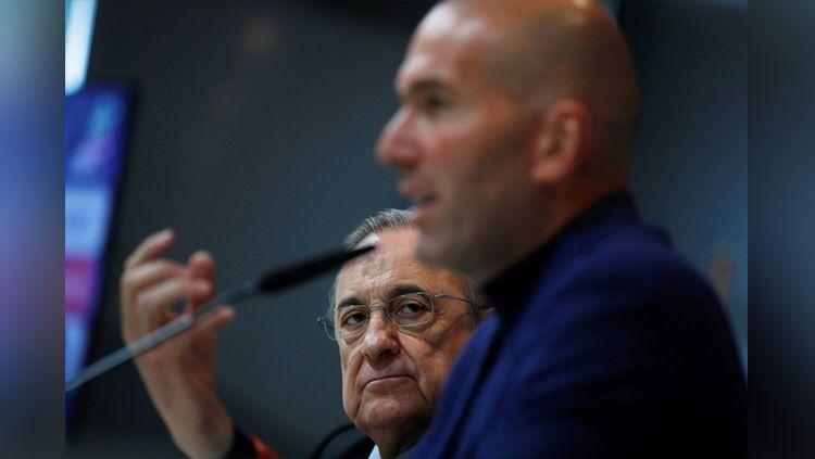 Ucapan Zinedine Zidane memicu kebencian mendalam Florentino Perez karena dianggap akan mengkhianati raksasa LaLiga Spanyol, Real Madrid. Copyright: © bEIN Sports
