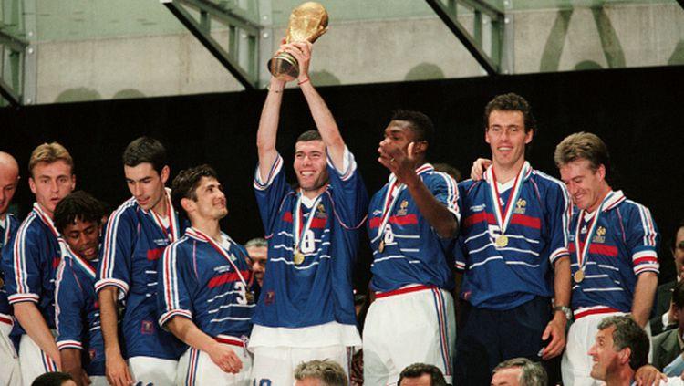 Bagaimana para pemain imigran dari negara muslim dan Afrika bisa begitu mendominasi skuat Timnas Prancis? Copyright: © Getty Images