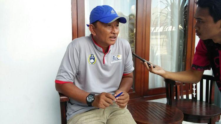 Djoko Susilo, pelatih PSCS Cilacap. Copyright: © Mediamadura.com